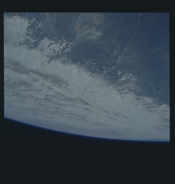 S45-613-038 - STS-045 - STS-45 earth observations