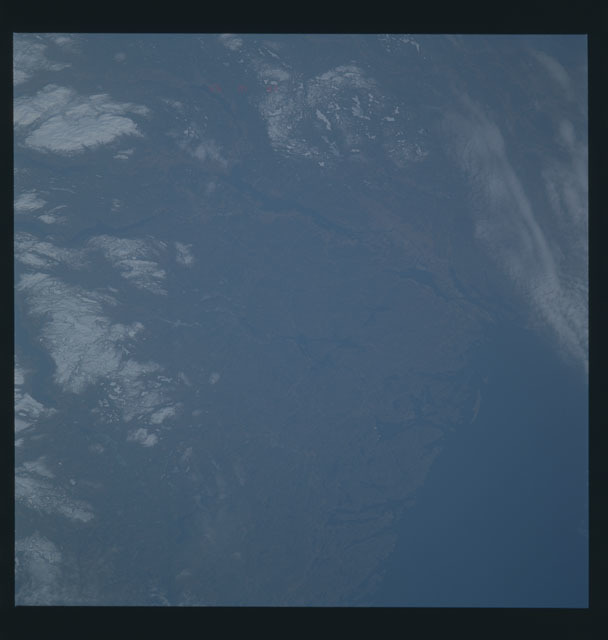 S45-623-056 - STS-045 - STS-45 earth observations