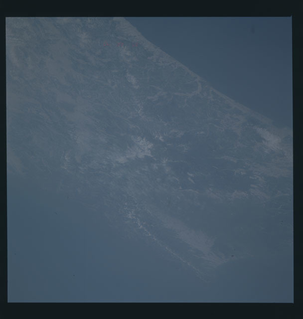 S45-624-003 - STS-045 - STS-45 earth observations
