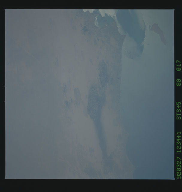 S45-80-017 - STS-045 - STS-45 earth observations