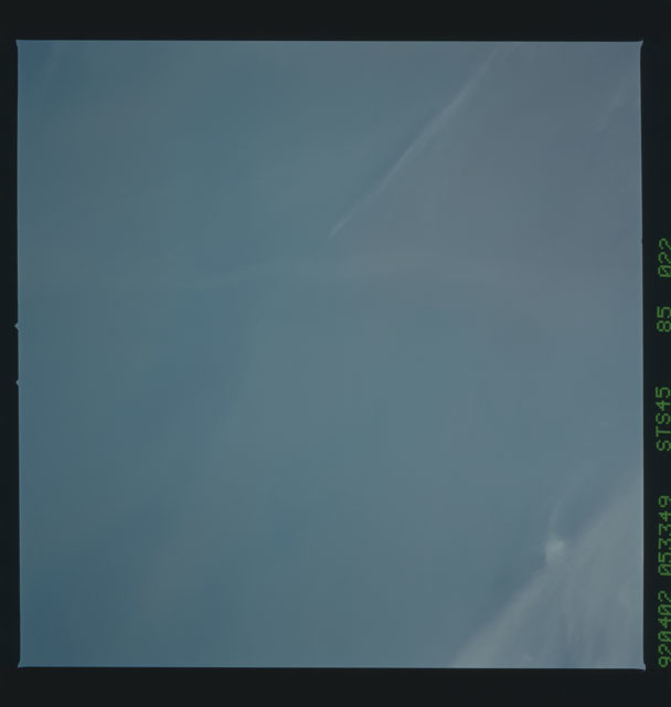 S45-85-022 - STS-045 - STS-45 earth observations