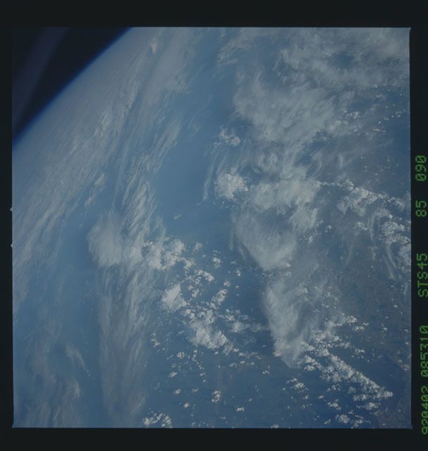 S45-85-090 - STS-045 - STS-45 earth observations