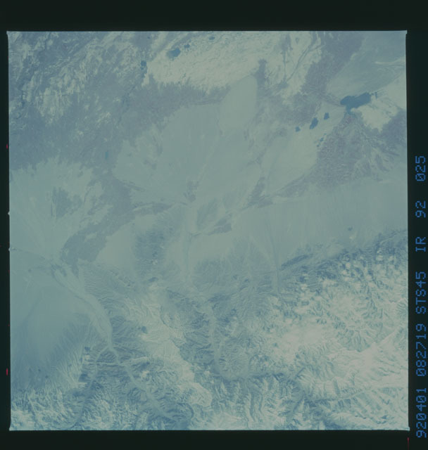S45-92-025 - STS-045 - STS-45 earth observations