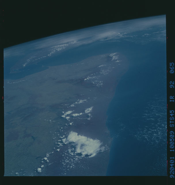 S45-92-065 - STS-045 - STS-45 earth observations