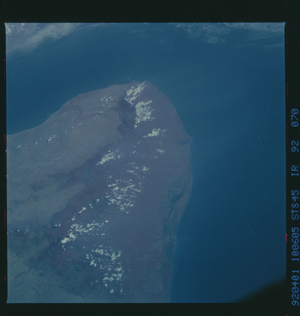 S45-92-070 - STS-045 - STS-45 earth observations