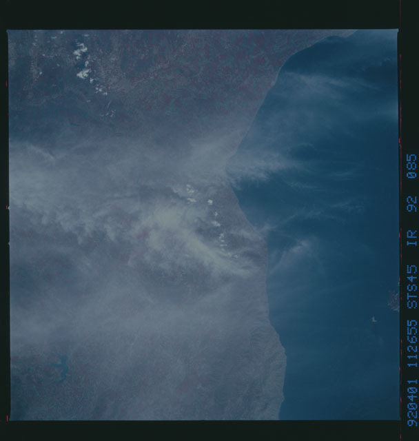 S45-92-085 - STS-045 - STS-45 earth observations