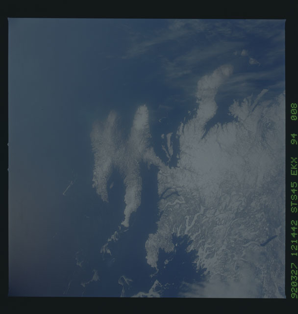 S45-94-008 - STS-045 - STS-45 earth observations
