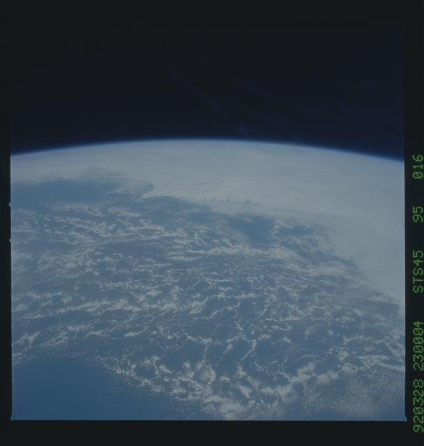 S45-95-016 - STS-045 - STS-45 earth observations