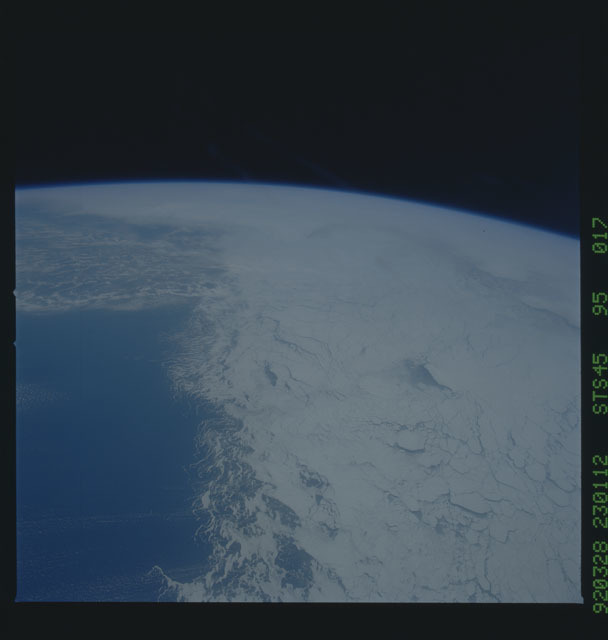 S45-95-017 - STS-045 - STS-45 earth observations