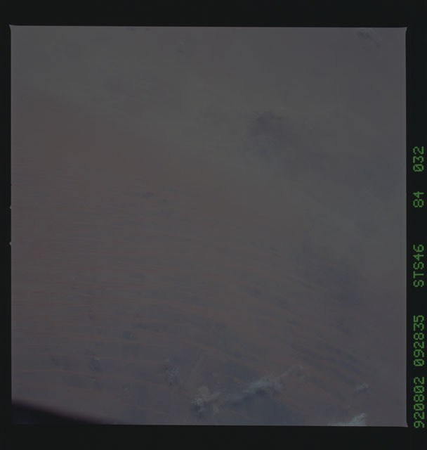 S46-84-032 - STS-046 - Earth observations from the shuttle orbiter Atlantis during STS-46