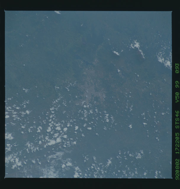 S46-99-093 - STS-046 - Earth observations from the shuttle orbiter Atlantis during STS-46