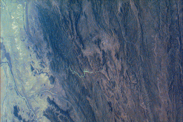 S74E5366 - STS-074 - Earth observation