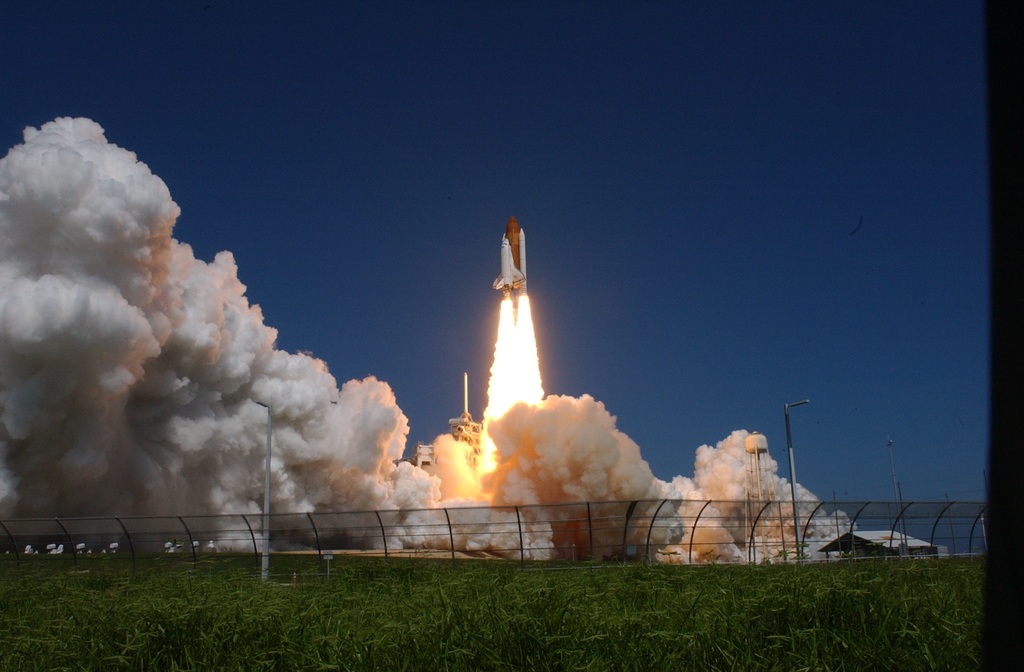 STS-115 - LAUNCH