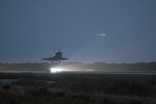 STS-116 - EOM