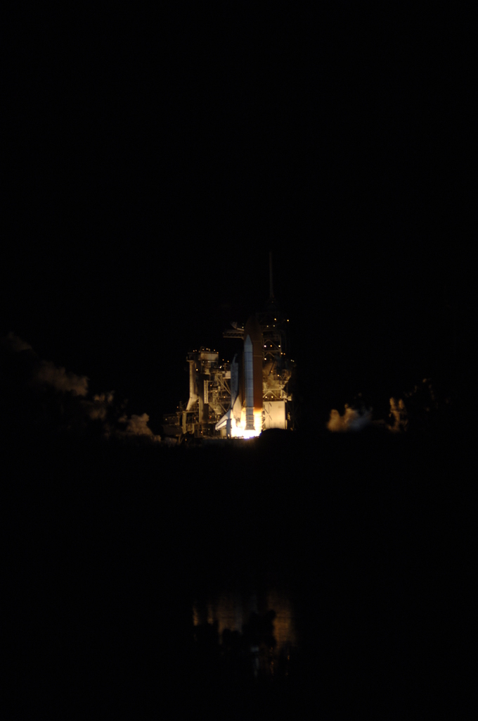 STS-116 - LAUNCH