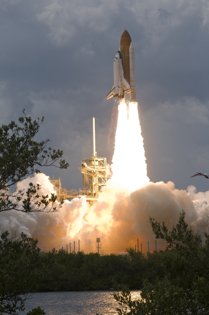 STS-125 - LAUNCH