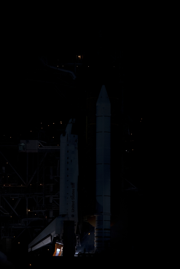 STS-126 - LAUNCH