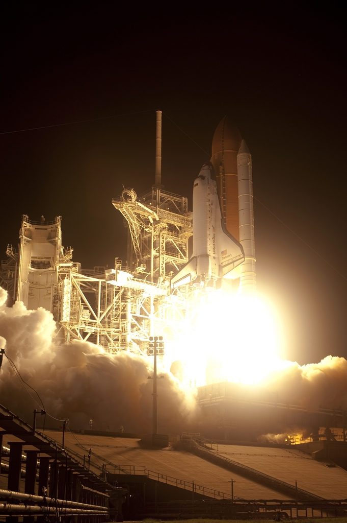 STS-128 - LAUNCH