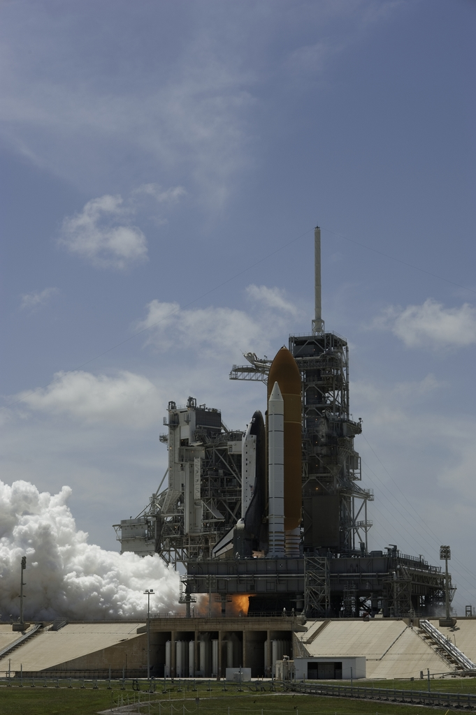 STS-132 - LAUNCH