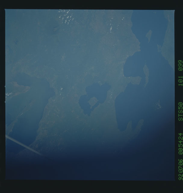 STS050-101-099 - STS-050 - STS-50 earth observations