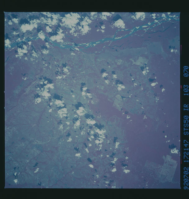 STS050-103-070 - STS-050 - STS-50 earth observations