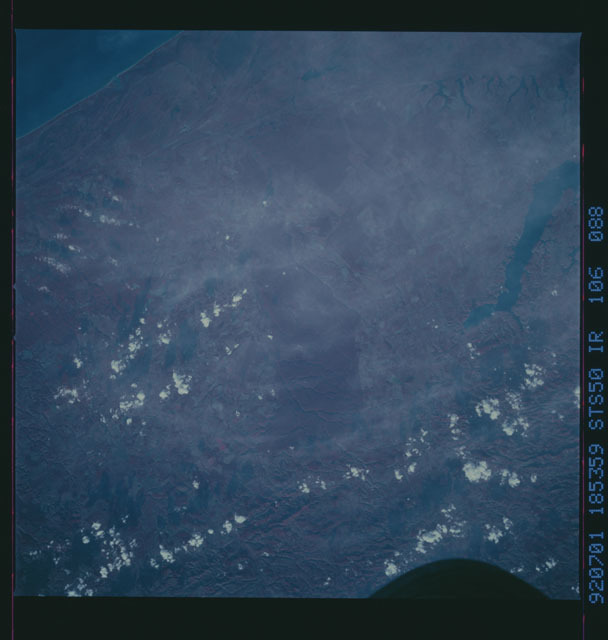 STS050-106-088 - STS-050 - STS-50 earth observations