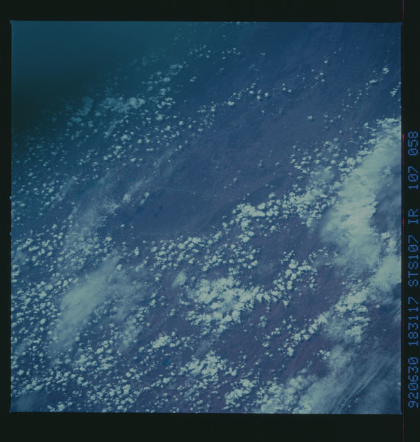 STS050-107-058 - STS-050 - STS-50 earth observations