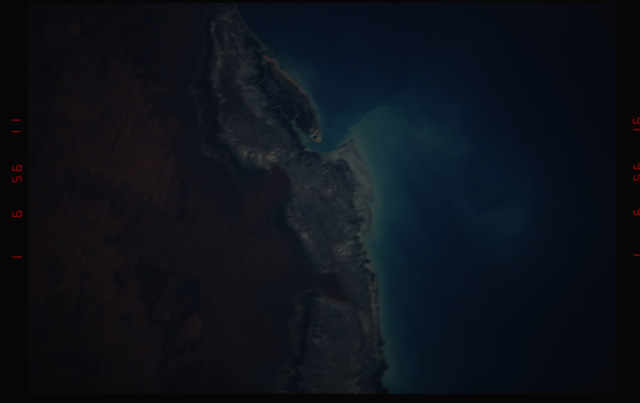 STS052-07-014 - STS-052 - Roebuck Bay, town of Broome, Western Australia, Australia.