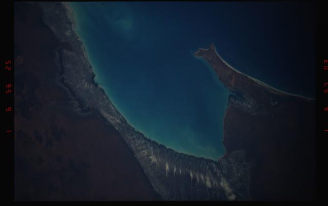 STS052-07-016 - STS-052 - Roebuck Bay, town of Broome, Western Australia, Australia.