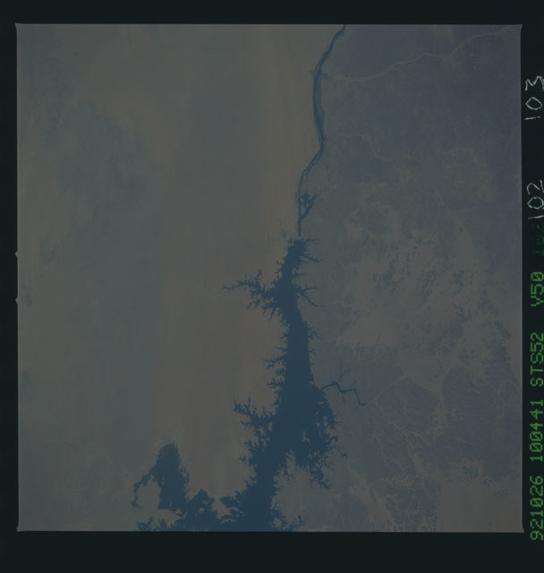 STS052-102-103 - STS-052 - Nile River, Lake Nasser, Aswan High Dam, Egypt, Africa
