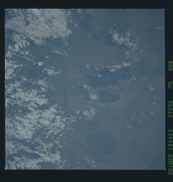 STS052-75-060 - STS-052 - Earth observations from Columbia, OV-102, during STS-52