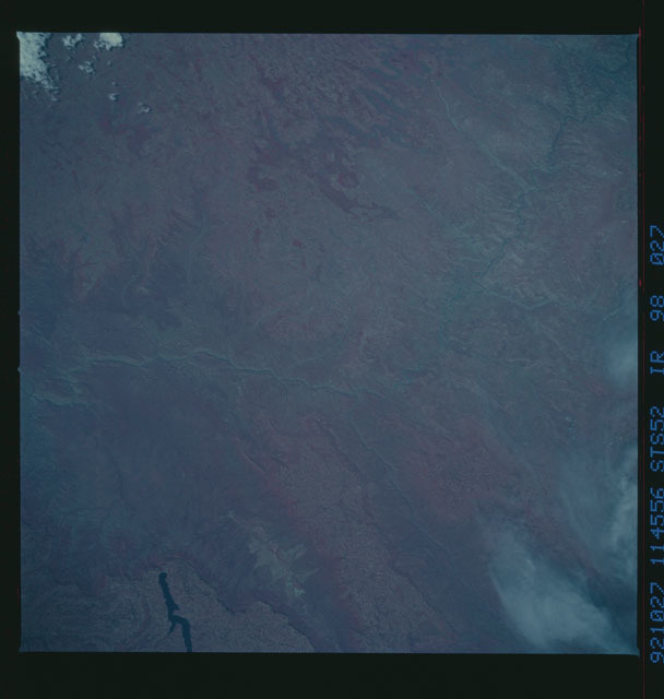 STS052-98-027 - STS-052 - Earth observations from Columbia, Orbiter Vehicle (OV) 102, during STS-52