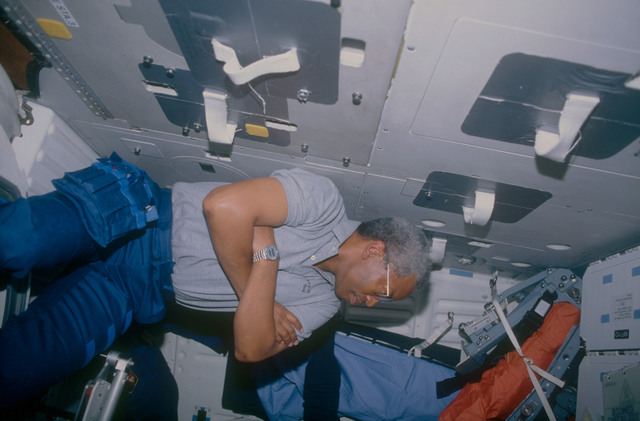 STS053-10-031 - STS-053 - Crewmember in the MDDK