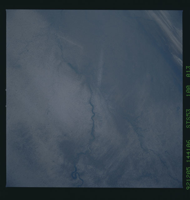 STS053-100-013 - STS-053 - Earth observations