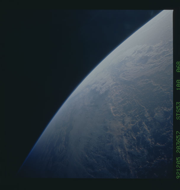 STS053-100-068 - STS-053 - Earth observations