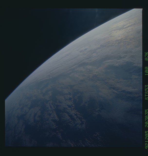 STS053-100-076 - STS-053 - Earth observations