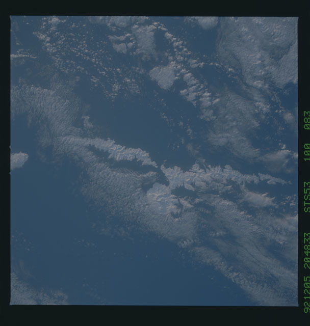 STS053-100-083 - STS-053 - Earth observations
