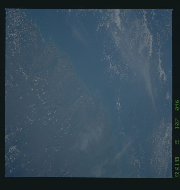 STS053-107-046 - STS-053 - Earth observations