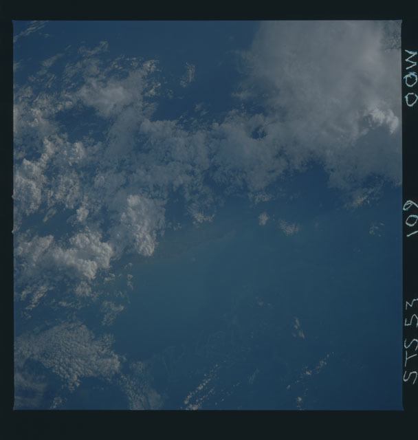 STS053-109-000W - STS-053 - Earth observations