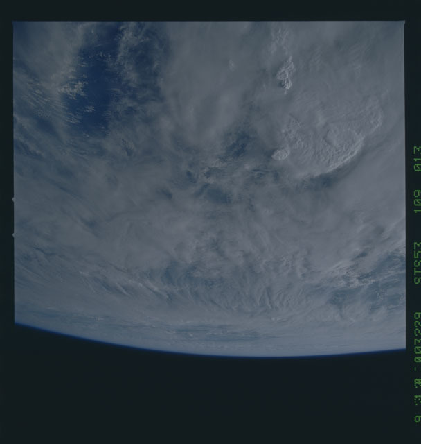 STS053-109-013 - STS-053 - Earth observations