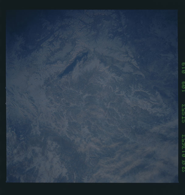 STS053-109-019 - STS-053 - Earth observations