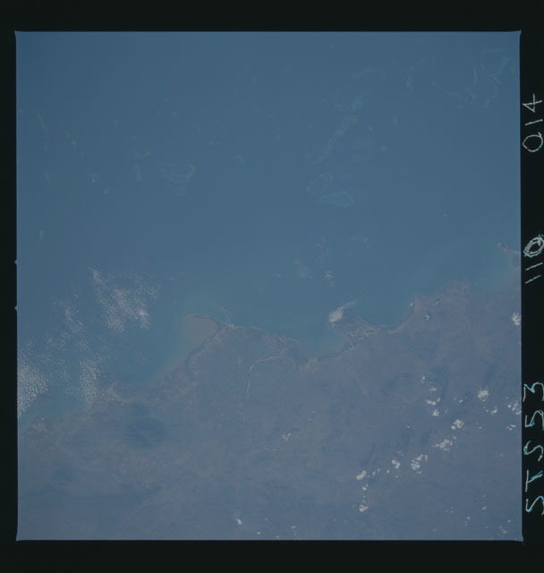 STS053-110-014 - STS-053 - Earth observations