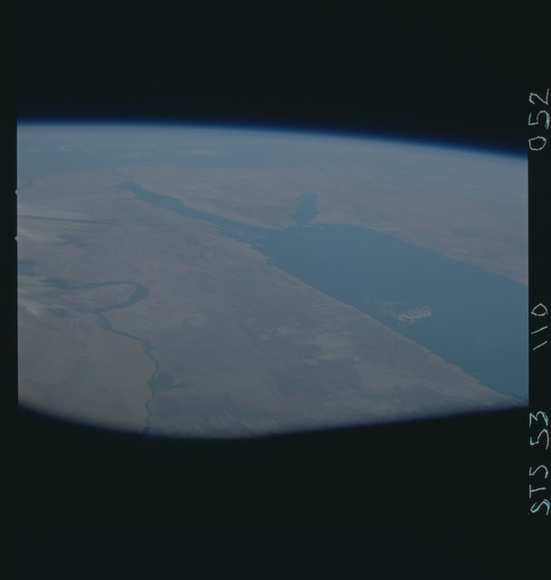 STS053-110-052 - STS-053 - Earth observations