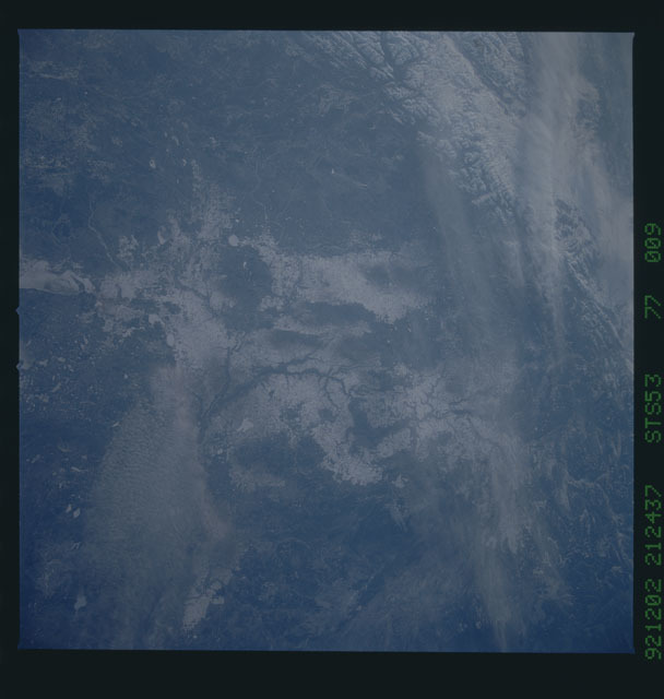 STS053-77-009 - STS-053 - Earth observations