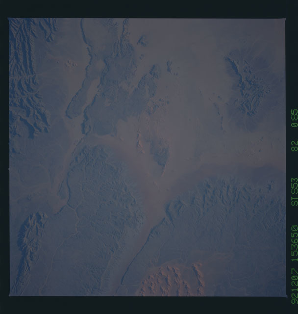 STS053-82-085 - STS-053 - Earth observations