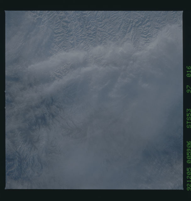 STS053-97-016 - STS-053 - Earth observations