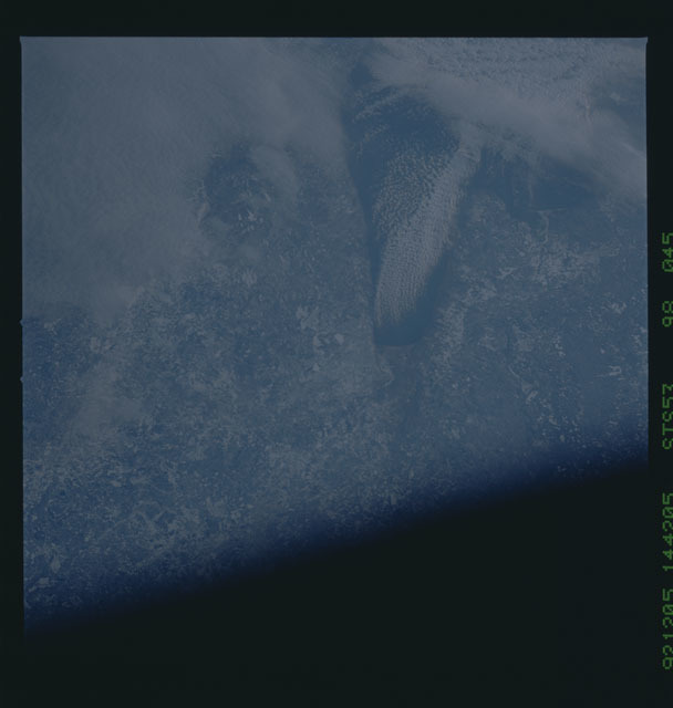 STS053-98-045 - STS-053 - Earth observations