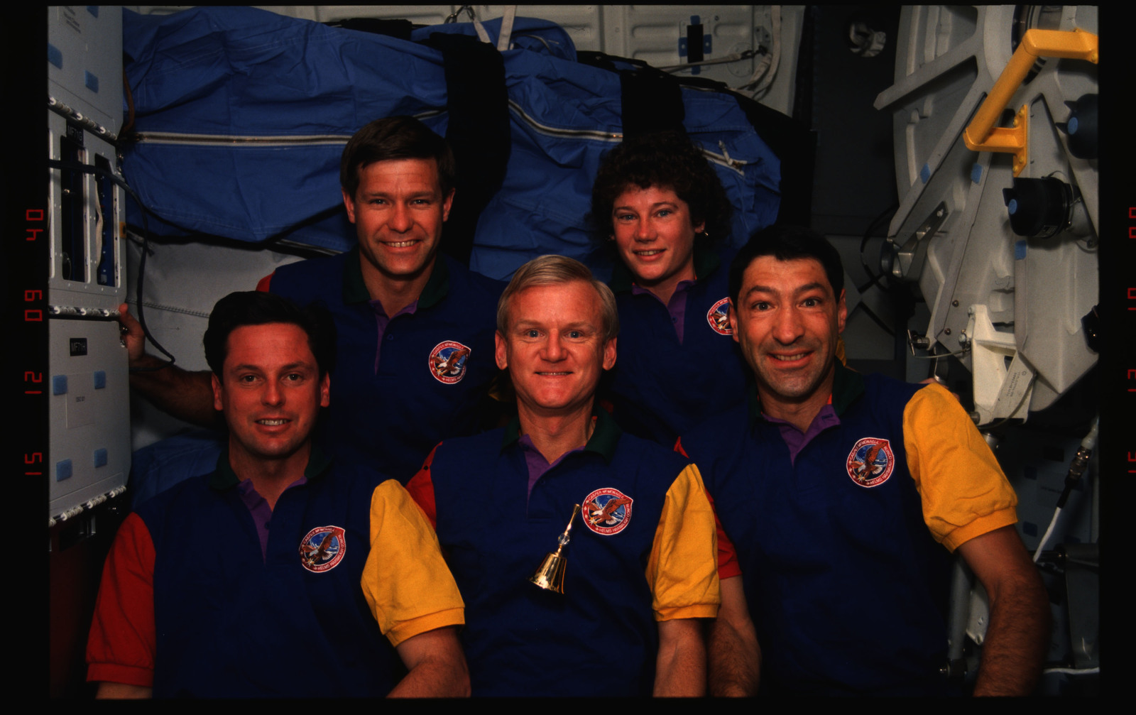 STS054-02-007 - STS-054 - In orbit crew group portraits.