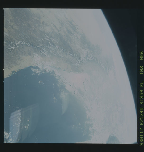 STS054-103-006 - STS-054 - Earth observations