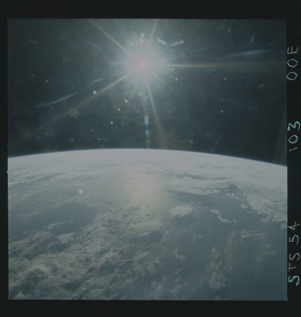 STS054-103-00E - STS-054 - Earth observations